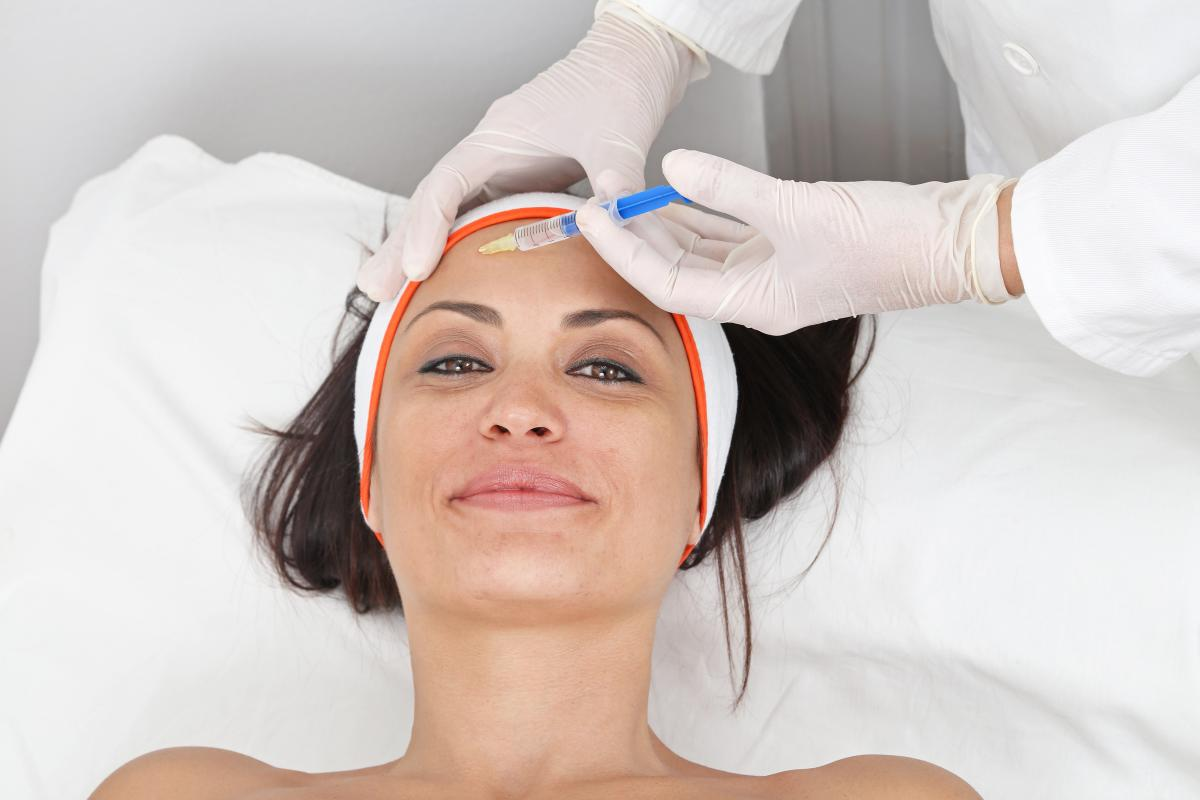 The Connection Between Botox and Dermal Fillers